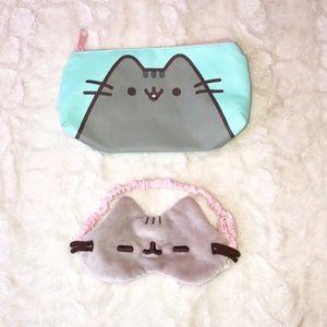 PUSHEEN Plush sleep mask and Cosmetic Bag